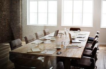 b ro m bel preiswert online kaufen vergleichen. Black Bedroom Furniture Sets. Home Design Ideas